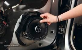 نصب انواع سیستم های صوتی و تصویری خودرو