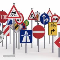 انواع علائم راهنمایی و رانندگی